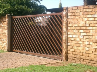 Sliding Steel Gates