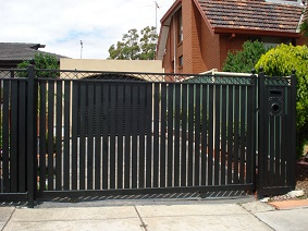 motorised gate