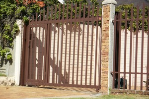 Sliding steel gates