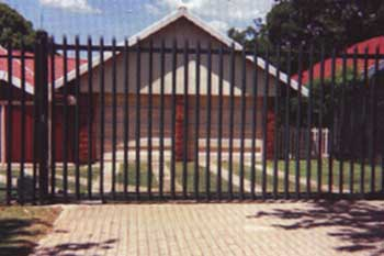Steel Gate Safety